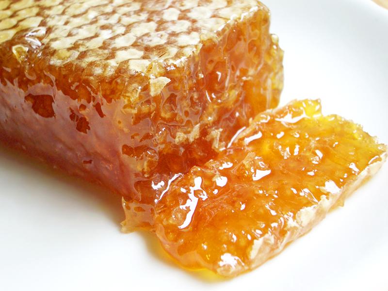 Полезные продукты - Натуральный мёд