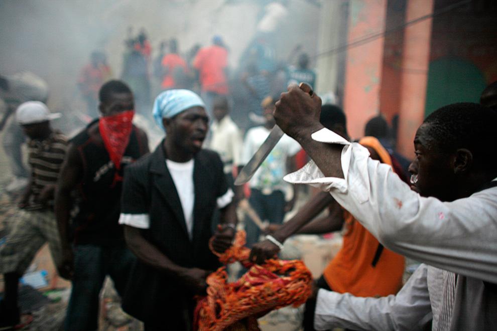 Фото землетрясение на Гаити