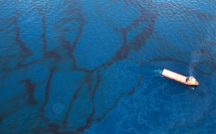 Нефтянное пятно Мексиканский залив фото