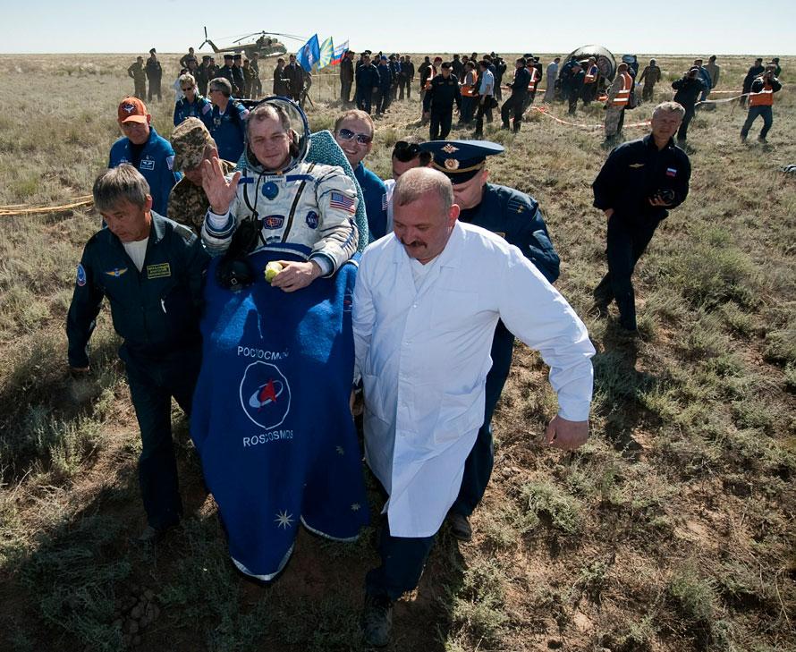 Русский Союз приземление из космоса